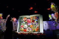 舞台は日本橋クリエイティブ集団NAKEDが日本一早いお花見を開催