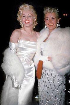 Vintage Bridal Fur Shop and Old Hollywood Glamour Fur Hollywood Vintage, Old Hollywood Wedding, Old Hollywood Style, Hollywood Fashion, Old Hollywood Glamour Dresses, Joe Dimaggio, Winter Wedding Fur, Wedding Summer, Winter Weddings