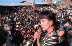 Aung San Suu Kyi in a Big Crowd