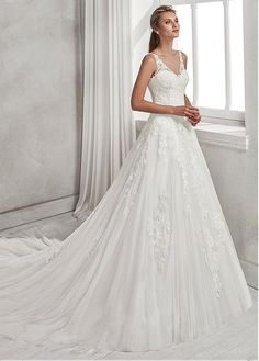 Modest Tulle V-neck Neckline A-line Wedding Dress With Beaded Lace Appliques