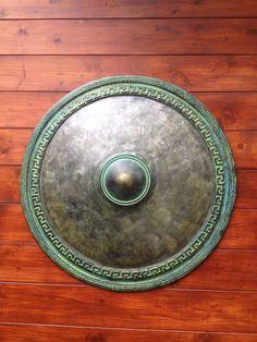 Replica Greek Shield,Ancient Warrior Shield,Metal Sculpture,Collectible Art,Antique Armor,Ancient Weapons,Bronze Metal Sculpture,Wall Decor