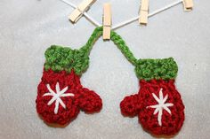 free pattern : Mini Mitten Set (ornaments) by Khy's Closet - Ravelry
