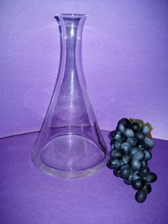 Wine Decanter Carafe Clear Glass Contemporary Trumpet Shape 32 Ounce #Unbranded