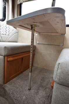 Camping Table - Camping Made Easy - Try These Proven Tips Diy Camper Trailer, Travel Trailer Camping, Popup Camper, Truck Camper, Camper Parts, Rv Campers, Van Conversion Interior, Camper Van Conversion Diy, Camper Table