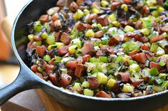 A simple Potato Zucchini Hash - great for brunch or a satisfying meatless supper. Use the formula & replace with other seasonal vegetables. Squash Zucchini Recipes, Vegetable Dishes, Vegetable Recipes, Meat Diet, Diet Foods, Hash Recipe, Vegetable Seasoning, Vegan Dishes, Zucchini