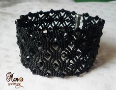 Black bracelet made with Beads Magic's schema.  Very elegant in black.  Color makes such a difference.  #Seed #Bead #Tutorials