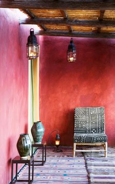 Cultured Home --- Fabio House, Sicily, Italy (photographer Adriano Bacchella) - Mud cloth looks great against the mottled red walls Interior Flat, Interior Styling, Interior And Exterior, Interior Design, Bohemian Interior, Bohemian Decor, Red Walls, Coral Walls, Moroccan Decor
