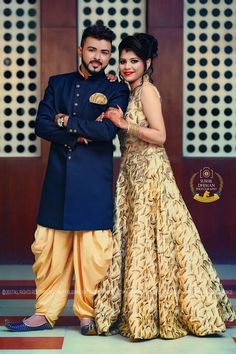 Indian Bride Poses, Indian Wedding Poses, Indian Wedding Couple Photography, Couple Photography Poses, Punjabi Wedding, Indian Wedding Outfits, Bridal Photography, Couple Wedding Dress, Wedding Couple Pictures
