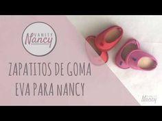 Aprende con este tutorial cómo hacer zapatos de goma eva para la muñeca Nancy Clásica y Nancy New. Suscríbete y consigue el patrón gratis! Vestidos Nancy, Nancy Doll, Diy Crafts, Dolls, Crochet, Pattern, Videos, Loafers & Slip Ons, Tela