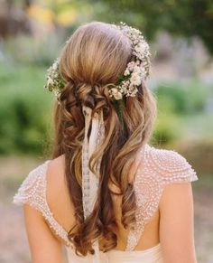 Crown hairstyles, wedding hairstyles for long hair, pretty hairstyles, br. Romantic Wedding Hair, Wedding Hair Down, Wedding Hair Flowers, Wedding Hair And Makeup, Flowers In Hair, Wedding Scene, Prom Flowers, Wedding Crowns, Floral Wedding