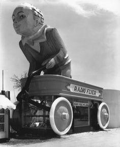 1933 Chicago fair: Radio Flyer exhibit and souvenir shop