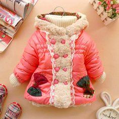 Çok cici kurdelalı kız çocuk mont  buradan sipariş verebilirsiniz  http://www.sahibinden.com/ilan/alisveris-anne-bebek-cocuk-giyim-aksesuar-cok-cici-kurdelali-kiz-cocuk-mont-1-4-yas-japon-model-180406149/detay/
