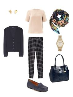 Packing with Four by Four: Navy, Tan/camel and Coral