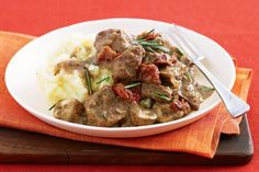 Beef with mushroom and sundried tomato main image