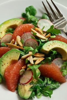 Once Upon a Plate: Grapefruit-Avocado Salad ~ Healthy & Clean Eating
