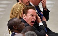 """Der Ex-Gouverneur von Kalifornien, Arnold Schwarzenegger, erwägt, in die große Politik zurückzukehren. Laut  den Quellen des US-Magazins """"Politico"""" habe er die Absicht, für den Senat zu kandidieren."""