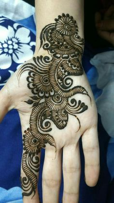 Best Latest Front Hand Henna Design For Girls : Collection of creative & unique mehndi-henna designs for girls Easy Mehndi Designs, Henna Hand Designs, Dulhan Mehndi Designs, Mehendi, Latest Mehndi Designs, Arabian Mehndi Design, Mehndi Designs Finger, Mehndi Designs For Girls, Mehndi Designs For Beginners