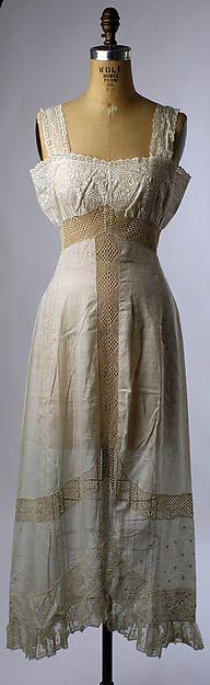 Petticoat 1909- 1911 Accession # C.145.81.23 Metropolitan Museum of Art