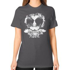 Fashions limited edition shirt not sold in store Unisex T-Shirt (on woman)