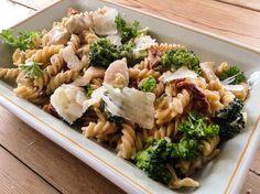 Ukens menyforslag er en salig blanding av nye og gamle favoritter. Pastagryte med kylling og solt...