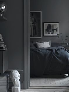 shades-of-grey-lotta-agatons-bedroom-view