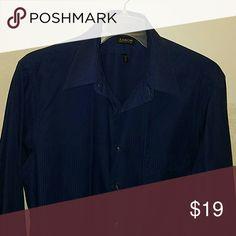 Men's dress shirt by Arrow size neck 16 Men's dress shirt. Wrinkle free neck size 16, 32/33 Large. Arrow Shirts Dress Shirts