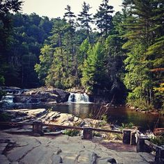 linville falls, north carolina http://www.vacationrentalpeople.com/vacation-rentals.aspx/World/USA/North-Carolina