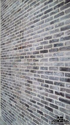41 Ideas for grey brick wall exterior Exterior Brick Veneer, Wall Exterior, Exterior House Colors, Brick Veneer Wall, White Wash Brick Exterior, Exterior Houses, Stone Exterior, Grey Brick Houses, Brick Interior