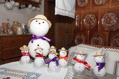 Exklusiv für OÖN-Leserinnen und -Leser hat die Burda-Designerin Karin Eder wieder winterliche Kreuzstich- und Hardanger-Arbeiten entworfen. Zum selbst Ausprobieren und Verschenken. Hier geht's zu den Anleitungen: http://www.nachrichten.at/nachrichten/society/Schoenes-fuer-den-Christbaum-und-die-Weihnachtsdeko-basteln;art411,1549915 (Bild: privat)