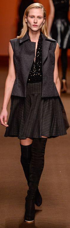Tufi Duek Winter 2015 Ready-to-Wear
