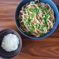 One pot pasta ala spaghetti carbonára. One Pot Pasta, Spaghetti, Food And Drink, Ethnic Recipes, Bacon, Noodle