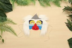 Encourage the whole family to wear their inner funky monkey on the outside, too! Recreate the power of The Lion King with this DIY Rafiki Mask. Rafiki Costume, Lion King Costume, Family Halloween Costumes, Diy Costumes, Halloween Kids, Lion King Musical, Lion King Jr, Disney Diy, Disney Crafts