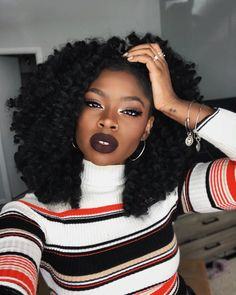 Indulge yourself with a natural natural hair wash, custom-made made for your specific hair type. Here are a couple of you can create in your own house. Black Girls Hairstyles, African Hairstyles, Afro Hairstyles, Haircuts, 4c Natural Hair, Natural Hair Styles, Big Hair, Your Hair, Pelo Afro