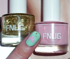 Springs cutest manicure - ring finger/minty base with heart in #FNUG col Short Skirt and dots in #FNUG col Gold Digger (top coat). Keep the rest of your nails simple.