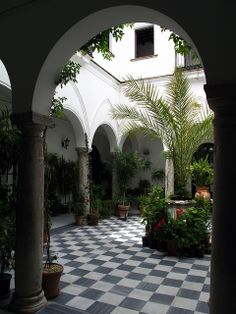 Patio andaluz  Spain -love a courtyard