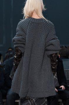 Vera Wang Fall 2014 | knit cardigan in charcoal