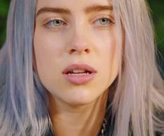 Billie Eilish, New Artists, Woman Crush, Singer, Pretty, Ugly Girl, Beautiful, Music, Faces