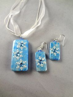 Winter Snowflake Pendant and Earring Set   Domino Jewelry  Winter Accessory  item 1235
