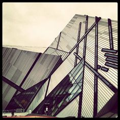 Cool building in #toronto - @riannaphillips