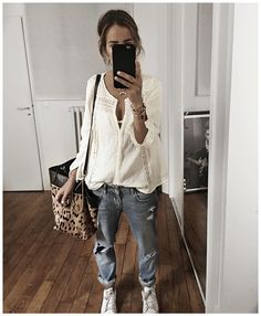 "6,851 mentions J'aime, 77 commentaires - Audrey (@audreylombard) sur Instagram : ""⚪️✨⚪️ • Shirt #magalimascal (from @magalipascal) • Jean #fivejeans (old) • Bag #jeromedreyfuss…"""