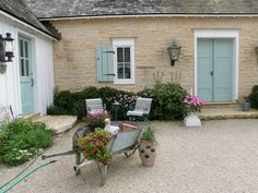 entrance to suzy stouts french country home