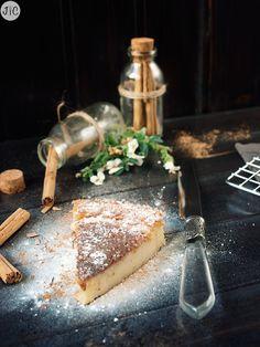 Pastel vasco heredado, una receta familiar que me han enviado - Jaleo en la Cocina Spanish Dishes, Spanish Food, Basque Cake, Kitchen Recipes, Cooking Recipes, Coffee Cake, Yummy Cakes, Just Desserts, Cravings