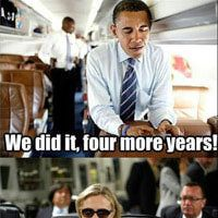Funny Barack Obama Pictures: Obama Texts Hillary: 4 More Years