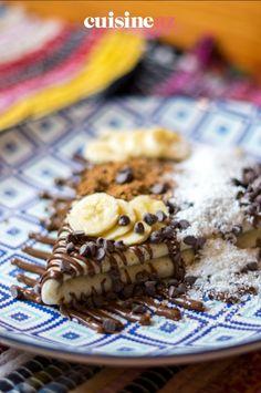 Une recette de crêpes sucrées pour la Chandeleur : des crêpes choco-coco-banane. #recette#cuisine#chocolat #coco #banane#patisserie #chandeleur #crepes #crepe Scones, Cereal, Pancakes, Breakfast, Desserts, Food, Sweet Pancake Recipe, Banana, Chocolates