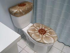 Items similar to Set of 2 Crochet Covers for Toilet Seat & Toilet Tank Lid- brownish/bronze on Etsy Contemporary Toilets, Free Crochet Doily Patterns, Crochet Curtains, Toilet Design, Crochet Home Decor, Crochet Snowflakes, Crochet Dishcloths, Bathroom Sets, Decoration