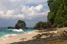 The view at Padang Padang Beach  © cat_collector / Flickr