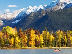 In the 1800s, gold miners flocked to the Cariboo Chilcotin Coast region with hopes of striking it rich in this wild paradise.