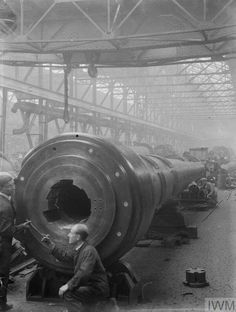 The arsenal of steampunk democracy. Gun factory for heavy artillery during the First Great Vampire War. Heavy Machinery, Industrial Machinery, Naval, War Machine, Machine Tools, Industrial Photography, Big Guns, World War One, Royal Navy