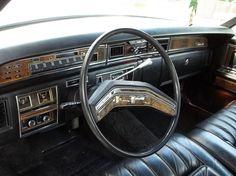 1977 Lincoln Continental Town Car Ford Motor Company, Lincoln Motor Company, American Classic Cars, Classic Auto, Lincoln Mercury, Lead Sled, Lincoln Continental, Car Interiors, Us Cars