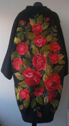"""Купить Пальто из шерсти украшено методом сухого  валяния.""""Красное и черное"""" - валяние из шерсти, пальто"""